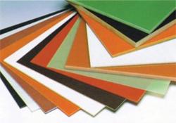 熱硬化性樹脂積層板